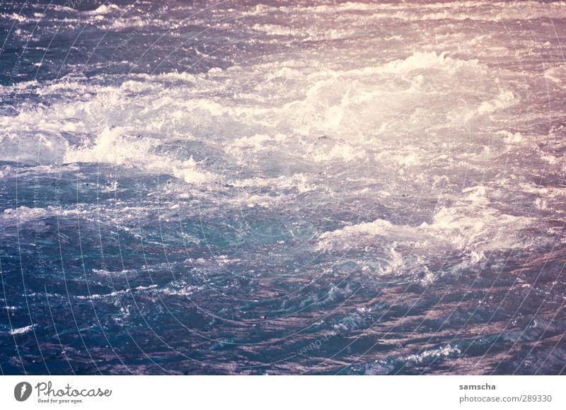 Flussabwärts Angeln Umwelt Natur Wasser Flussufer Bach Wasserfall Schwimmen & Baden bedrohlich Flüssigkeit kalt nass natürlich wild blau Abenteuer Bewegung