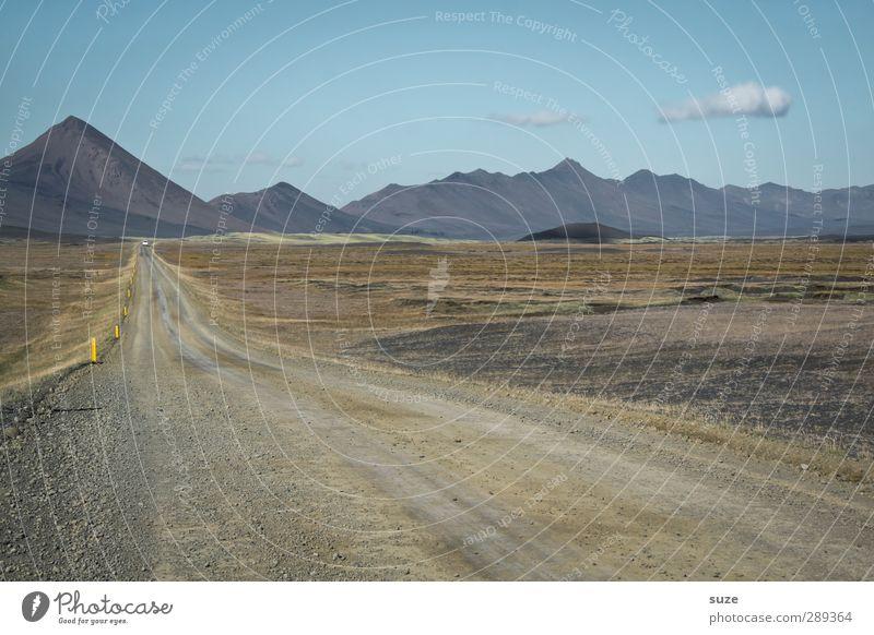 Island, danke time. Ferne Umwelt Natur Landschaft Urelemente Himmel Wolken Horizont Klima Schönes Wetter Wiese Hügel Felsen Berge u. Gebirge Gipfel Wege & Pfade