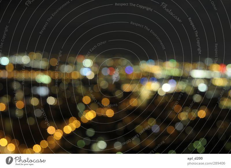 Kleine Lichter Stadt schwarz Haus gelb Stadt Essen hell authentisch leuchten ästhetisch Kreis Punkt Stadtzentrum Geometrie Begeisterung Mannheim Leuchtpunkt