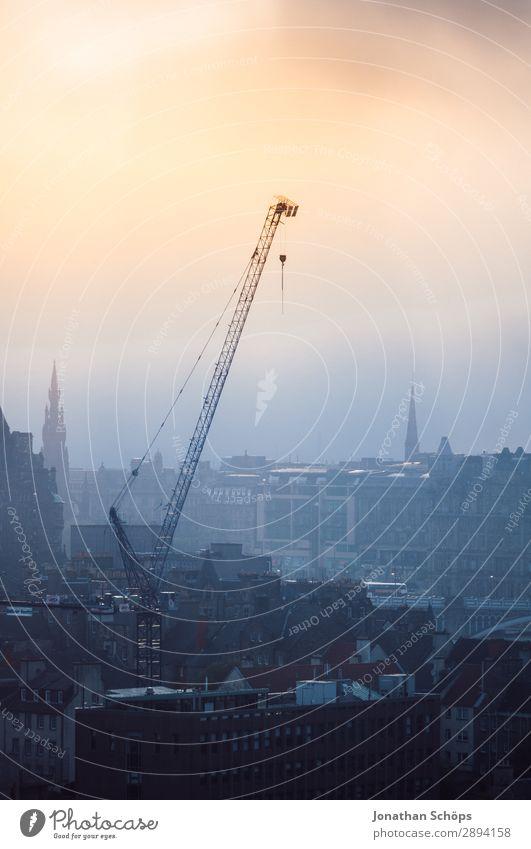Kran in Edinburgh Ferien & Urlaub & Reisen Tourismus Freiheit wandern Baustelle Nebel Stadt Hauptstadt Stadtzentrum Skyline bevölkert Bauwerk Gebäude bauen