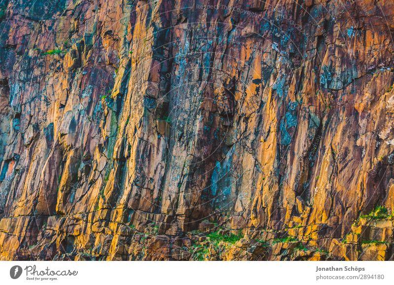 Felswand am Arthur's Seat in Edinburgh, Schottland Ferien & Urlaub & Reisen Natur Hintergrundbild Tourismus Freiheit Stein braun Felsen wandern leuchten