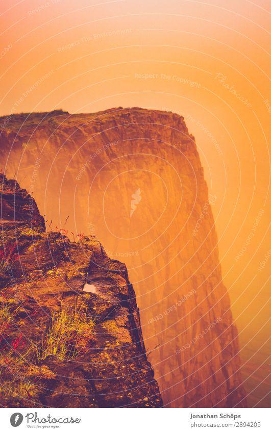 Arthur's Seat in Edinburgh im Nebel Ferien & Urlaub & Reisen Reisefotografie Wärme Tourismus Freiheit Felsen wandern Abenteuer heiß Dunst Klippe Schottland