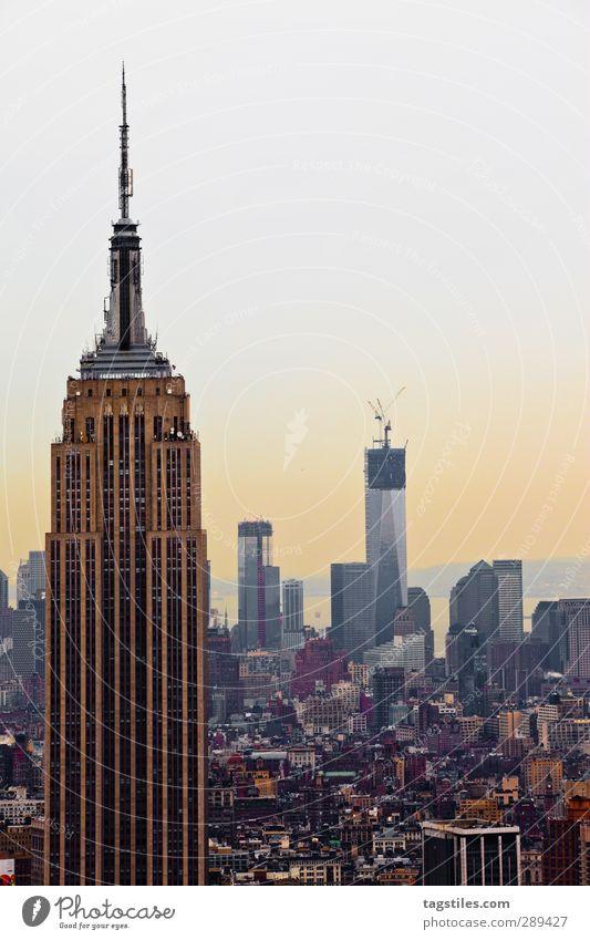 New York City - Manhattan USA Stars and Stripes Stadt Empire State Building Haus Hochhaus Gebäude Bau Bauwerk Architektur Eile Urbanisierung schnelllebig