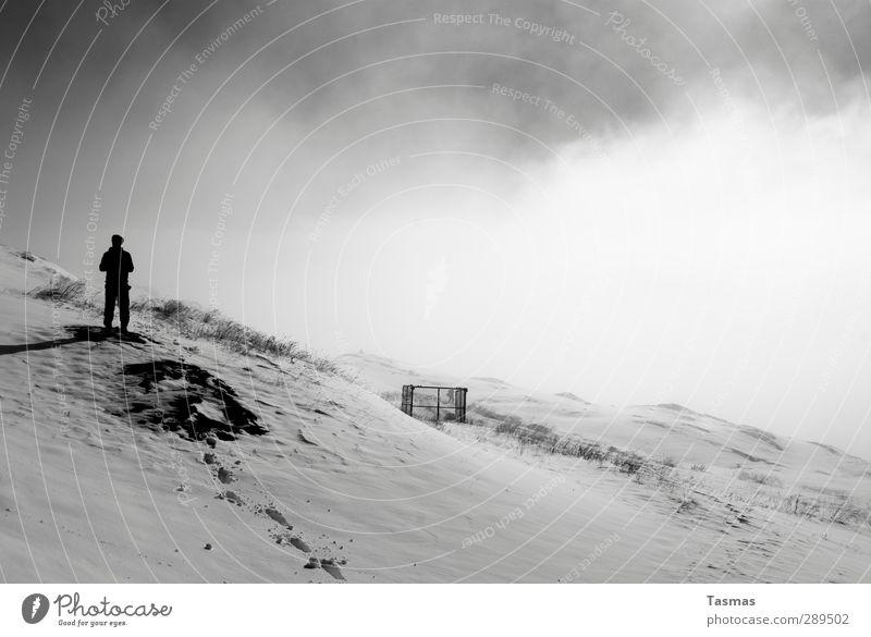 Weltuntergang | JETZT Mensch Himmel Wolken Landschaft Berge u. Gebirge maskulin Angst Alpen Gipfel Schneebedeckte Gipfel Surrealismus Wahrheit Apokalypse Unglaube