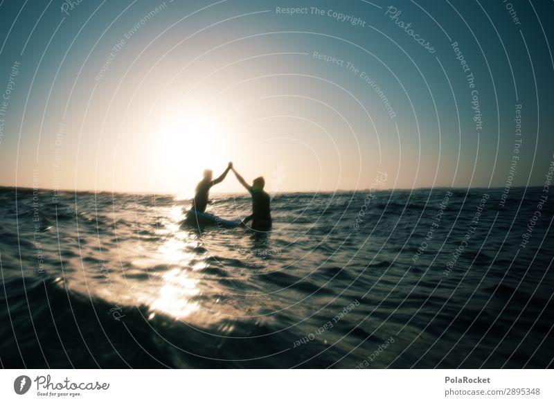 #ATE# friends Kunst ästhetisch Surfen Surfer Surfbrett Surfschule Meer Freundschaft Idylle friedlich Farbfoto Gedeckte Farben Außenaufnahme Detailaufnahme