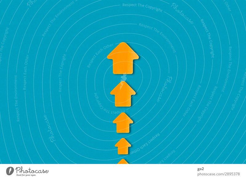 Pfeile nach oben blau Wege & Pfade Bewegung orange Kraft ästhetisch Schilder & Markierungen Erfolg Perspektive Beginn Papier Hinweisschild Zeichen planen