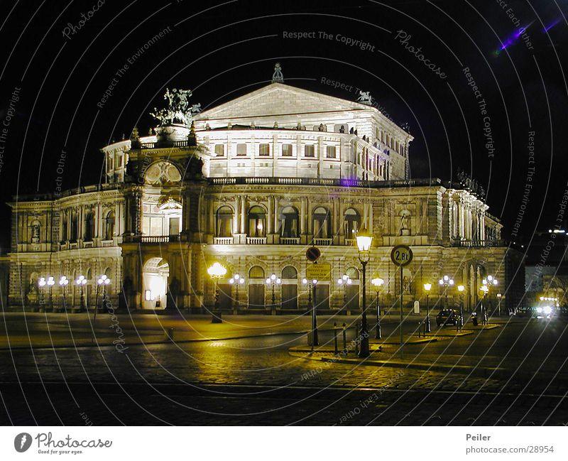 Semperoper bei Nacht (Dresden) Gebäude Architektur Dresden Oper Nachtaufnahme Sachsen Semperoper