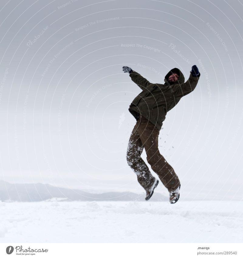 Beam me up Mensch Natur Winter Erwachsene kalt Schnee Gefühle springen außergewöhnlich maskulin Klima Zeichen Unwetter Schweben Karriere Surrealismus