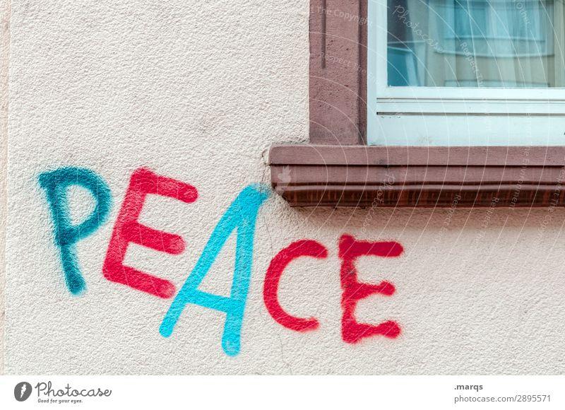 PEACE Mauer Wand Fenster Schriftzeichen Graffiti Frieden Politik & Staat Farbstoff Farbfoto Außenaufnahme Textfreiraum oben