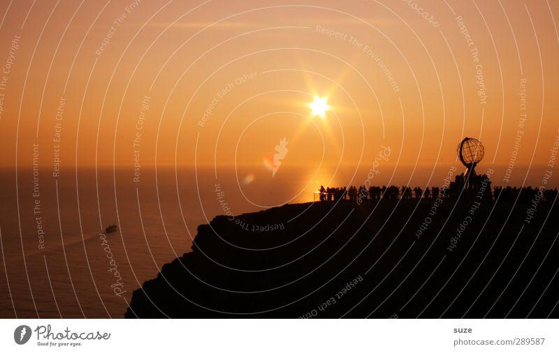 Ach nee, doch nich | Sonne im Norden und das Haar sitzt Ferien & Urlaub & Reisen Tourismus Freiheit Mensch Menschenmenge Umwelt Natur Landschaft Himmel Horizont