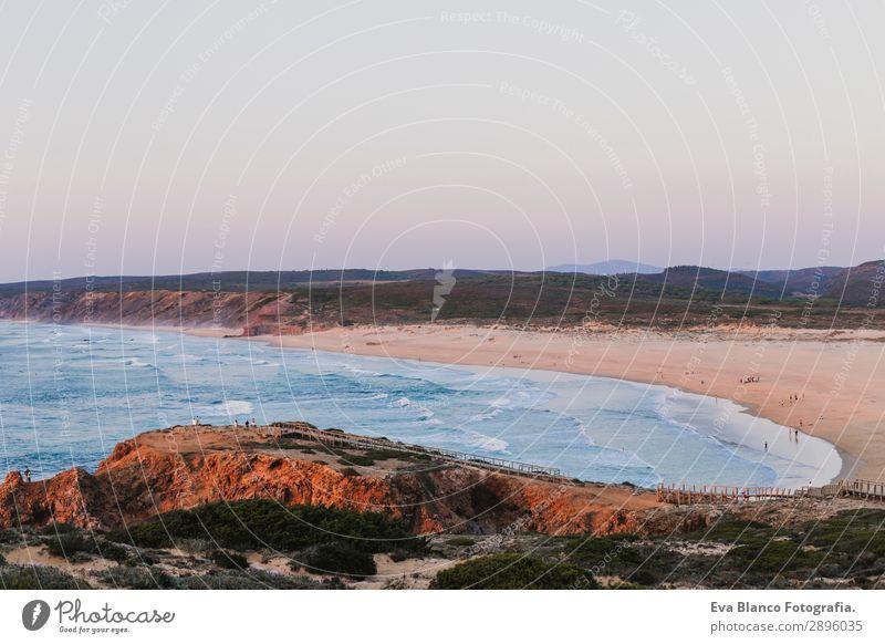 Landschaft des Bordeira-Strandes, Portugal, Algarve. Sommer schön Ferien & Urlaub & Reisen Meer Insel Wellen Natur Sand Wasser Himmel Horizont Sonnenaufgang