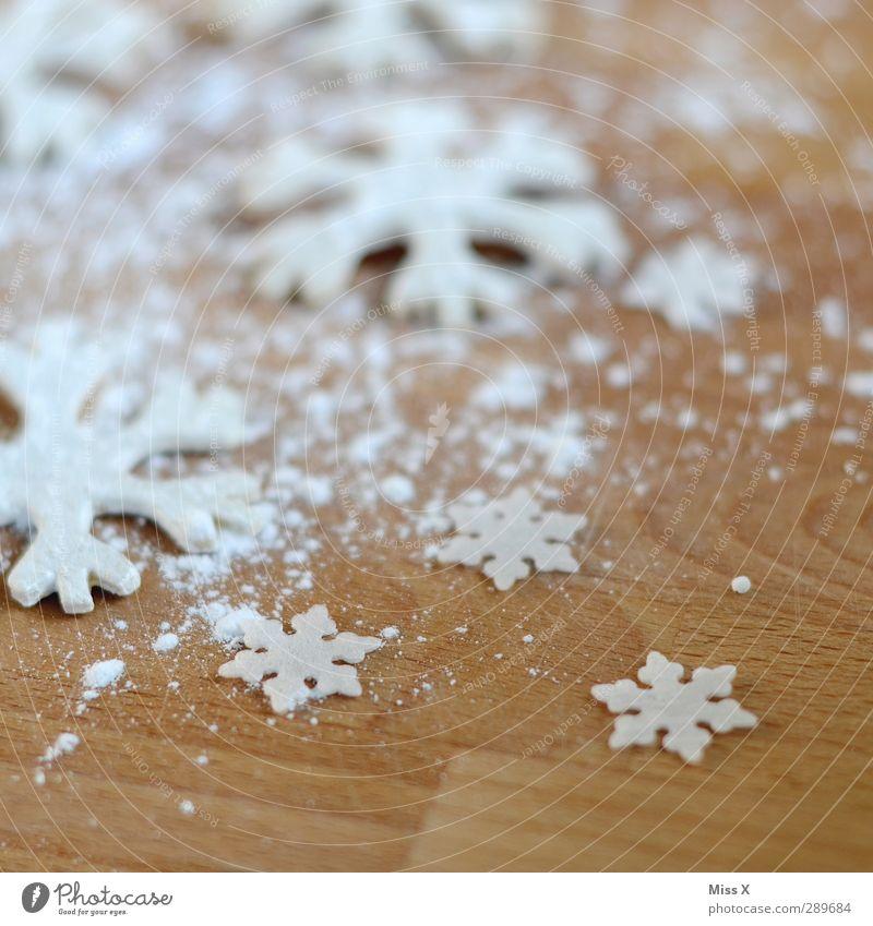 Schneeflocke Weihnachten & Advent weiß Holz Lebensmittel Ernährung süß Kochen & Garen & Backen lecker Backwaren Weihnachtsdekoration Teigwaren Plätzchen