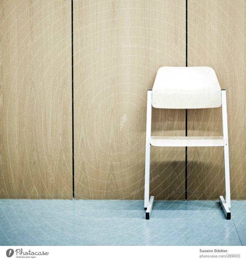 Weihnachten im Sitzen Büroarbeit Arbeitsplatz sitzen Stuhl Stuhllehne Paneele Wand 1 einzeln Pause Schule Studium dozieren Hörsaal lernen Bildung