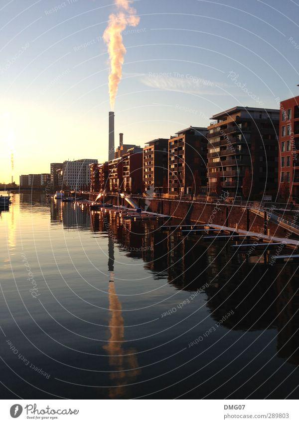Go West Himmel Wasser Stadt Sommer Winter Haus Herbst Frühling Gebäude Stimmung Wasserfahrzeug Wellen Design Lifestyle Fluss Hafen