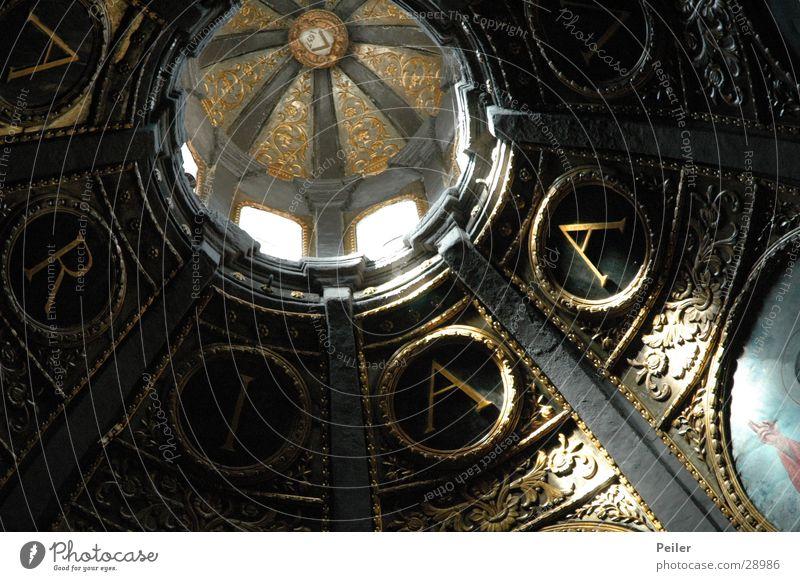 Ave Maria Fenster Religion & Glaube Buchstaben Decke Lichtspiel Ikonen Kuppeldach Gotteshäuser