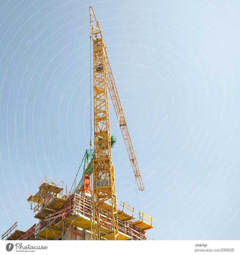 Aufbau Arbeit & Erwerbstätigkeit Wirtschaft Industrie Baustelle Erfolg Baumaschine Himmel Wolkenloser Himmel Kran Konstruktion bauen hoch blau gelb Beginn