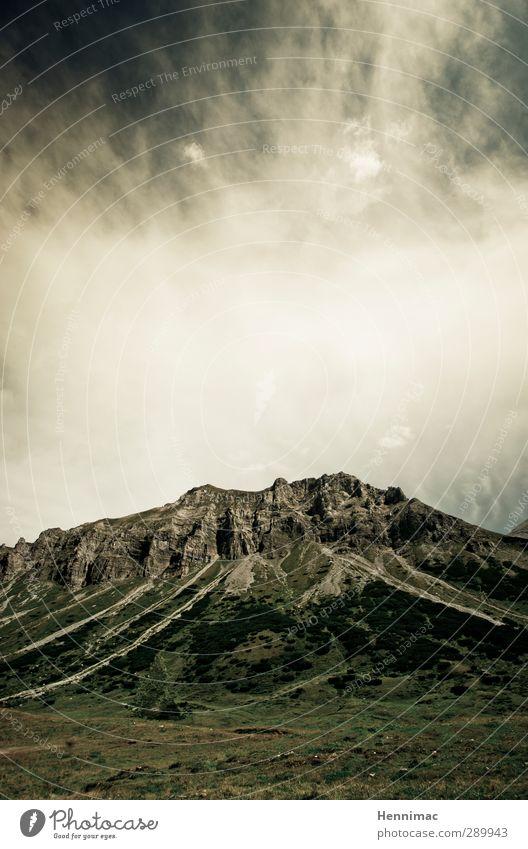 Go tell it on the mountain…II Himmel Natur Ferien & Urlaub & Reisen grün Sommer Erholung Landschaft Wolken Ferne Berge u. Gebirge grau Freiheit Stein Stimmung Felsen Freizeit & Hobby