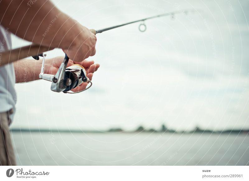 Trash! Angler Freizeit & Hobby Angeln Ferien & Urlaub & Reisen Tourismus einrichten Mensch maskulin Mann Erwachsene Arme Hand Umwelt Natur Luft Wasser Himmel
