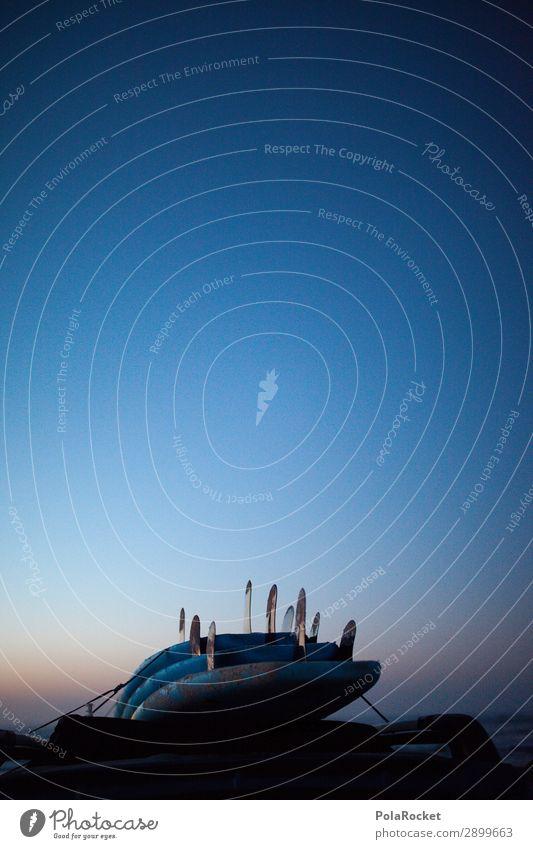 #A# Blue Roof Kunst ästhetisch Surfen Surfer Surfbrett Surfschule Urlaubsfoto Sommerurlaub Dach Abenteuer Farbfoto Gedeckte Farben Außenaufnahme Detailaufnahme