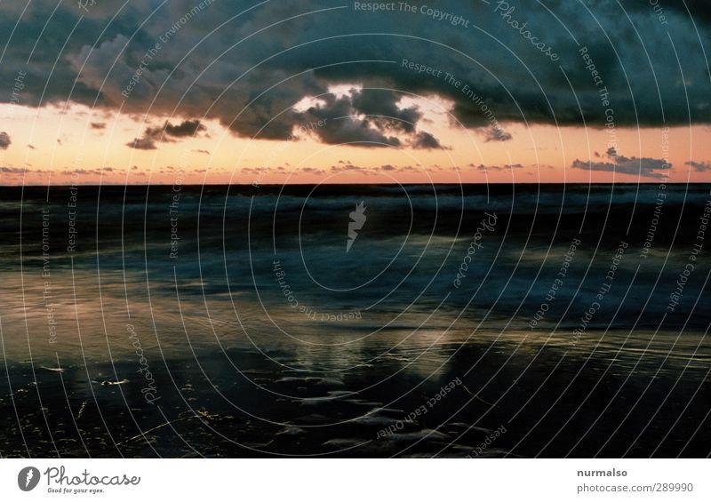 Abenddämmerung 2012 Natur Ferien & Urlaub & Reisen Wasser Meer Strand Landschaft Erholung Umwelt Ferne Küste Stil Stimmung Kunst Wellen glänzend