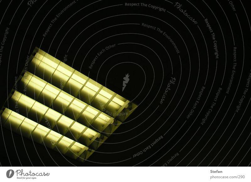 lonley lamp Lampe dunkel Beleuchtung Technik & Technologie Neonlicht Elektrisches Gerät