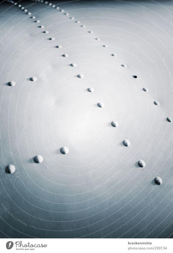 niet- und nagelfest weiß Metall Linie Flugzeug Punkt Industriefotografie fest Reihe Flughafen Eisen Oberfläche gekrümmt Naht gepunktet Niete nebeneinander