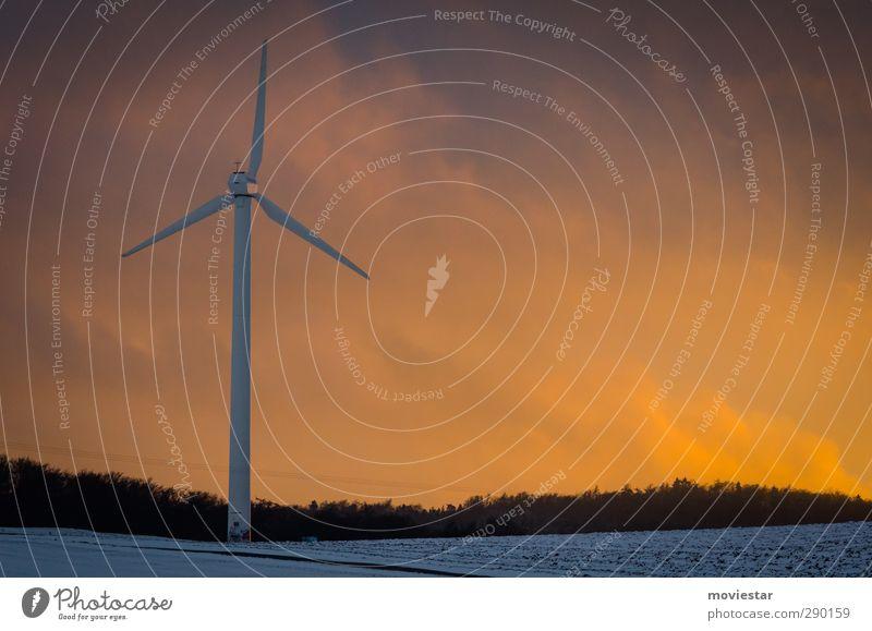 Himmelskraft Winter Schnee Generator Energiewirtschaft Erneuerbare Energie Sonnenenergie Windkraftanlage Energiekrise Umwelt Natur Landschaft Luft Wolken