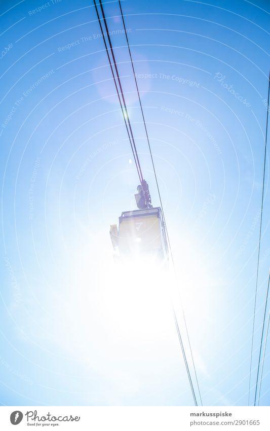 cable car cable railway Ferien & Urlaub & Reisen Winter Snowboard Natur fahren authentisch niedlich Klischee Bewegung Tourismus Tradition