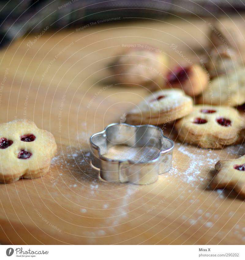 out Lebensmittel Teigwaren Backwaren Marmelade Ernährung lecker süß Plätzchen Weihnachten & Advent Weihnachtsgebäck Backform Keks Farbfoto Nahaufnahme