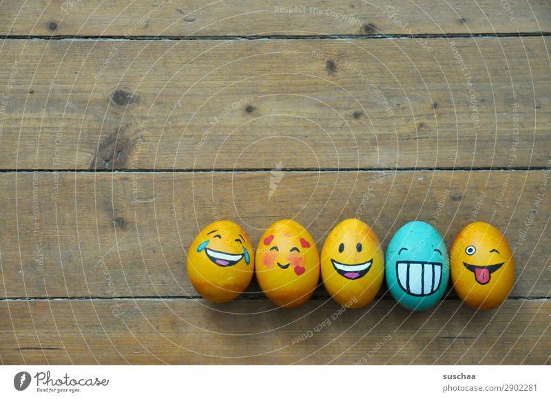 egg-familie II Ei Osterei bemalt Kunst Ostern Tradition Feste & Feiern Smiley lachen Witz Humor lustig Freude Gesicht Clique Unsinn Holz Blume Frühling