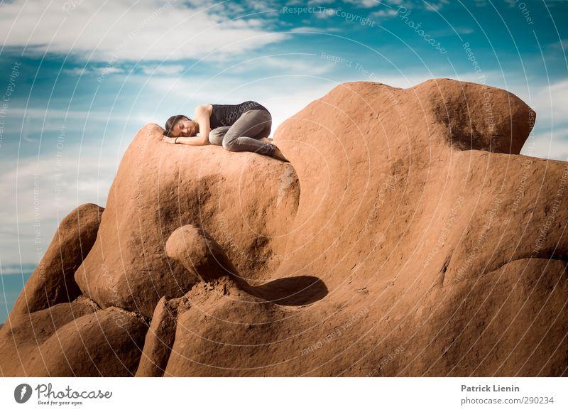 Home Mensch Jugendliche Ferien & Urlaub & Reisen schön Sommer ruhig Landschaft Erholung Erwachsene Junge Frau Leben feminin Freiheit 18-30 Jahre Felsen liegen