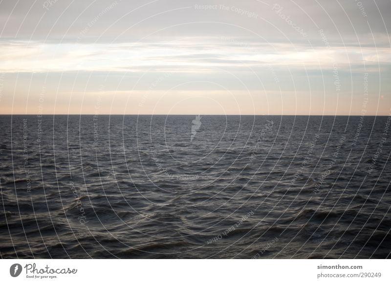 horizont Himmel Ferien & Urlaub & Reisen Wasser Meer Erholung Einsamkeit Wolken ruhig Ferne Küste Freiheit Horizont Zufriedenheit elegant Wellen Idylle