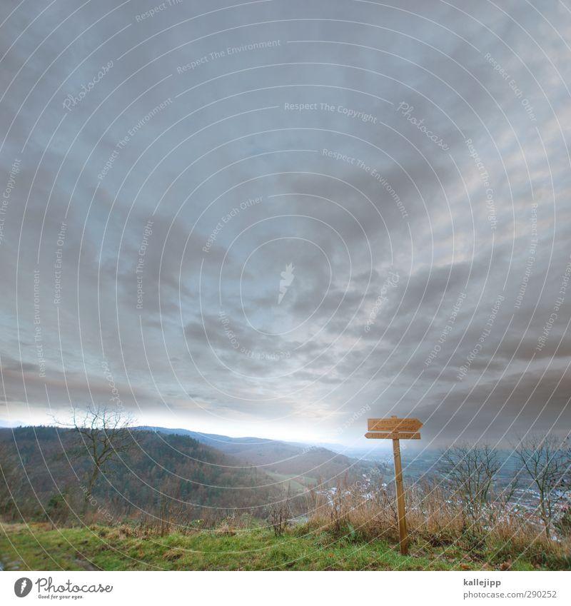 rinks lechts Natur Ferien & Urlaub & Reisen Stadt Wolken Umwelt Ferne Berge u. Gebirge Holz Horizont Freizeit & Hobby Schilder & Markierungen wandern Tourismus