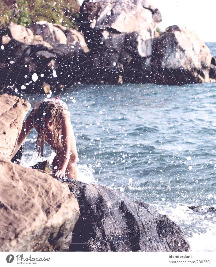 Arielle Mensch Jugendliche Ferien & Urlaub & Reisen Wasser schön Sommer Strand Erwachsene Junge Frau feminin Erotik Haare & Frisuren Küste 18-30 Jahre