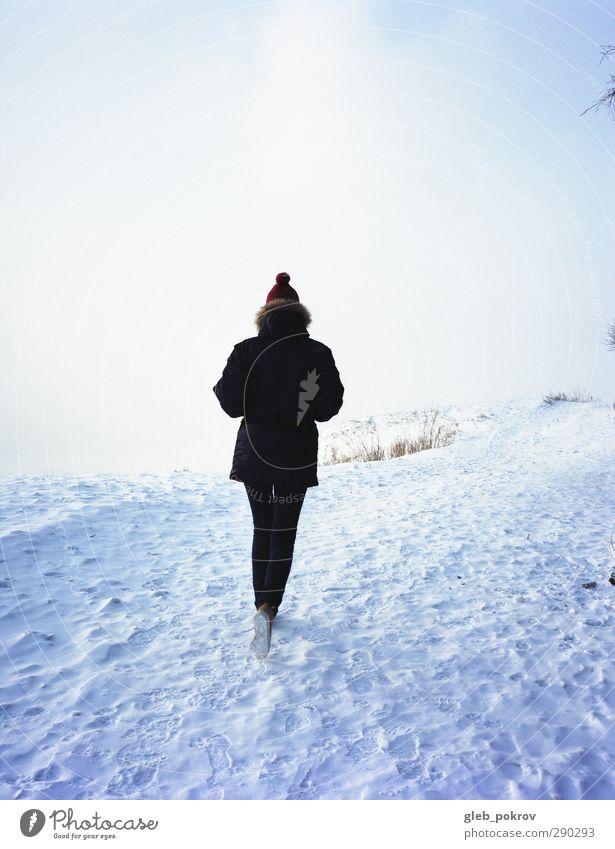 Mensch Kind Frau Natur Jugendliche blau Stadt schön Sonne Winter Landschaft Erwachsene Junge Frau Schnee Leben Freiheit
