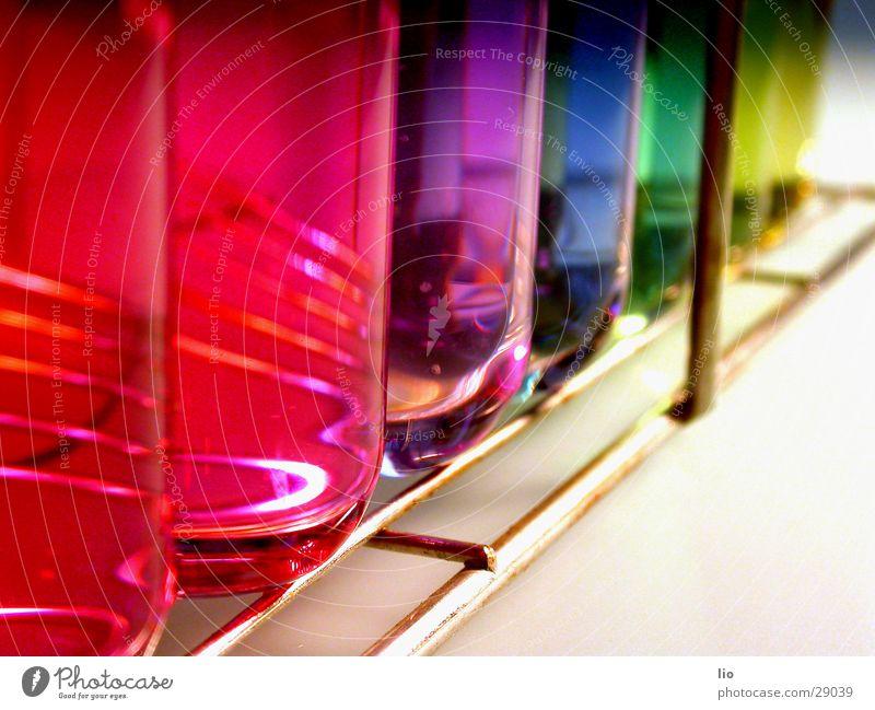 achwiebunt Reagenzglas Experiment Wissenschaften Labor regenbogenfarben mehrfarbig Gitter ph-Werte Chemie Versuch Glas