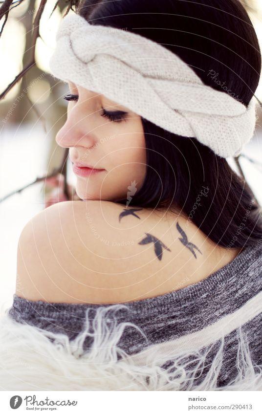 snow white II Mensch Jugendliche schön Tier nackt Erwachsene Junge Frau Liebe feminin Erotik 18-30 Jahre Mode hell träumen Vogel außergewöhnlich
