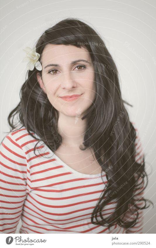 ahoi! Mensch Frau schön Blume Erwachsene feminin Haare & Frisuren ästhetisch retro brünett langhaarig Pony Sechziger Jahre Accessoire 30-45 Jahre