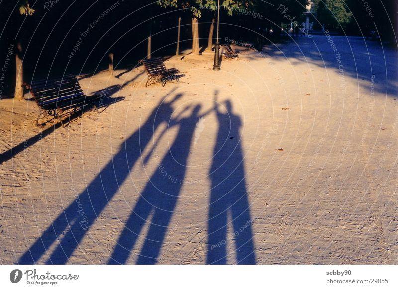 schatten in madrid Licht Freundschaft Sonnenuntergang Madrid Europa Schatten