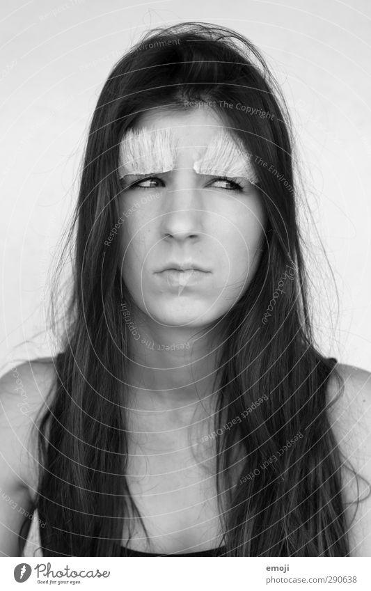 grandpa feminin Junge Frau Jugendliche Gesicht 1 Mensch 18-30 Jahre Erwachsene brünett langhaarig außergewöhnlich spaßig Spaßvogel Witz Karneval Schwarzweißfoto