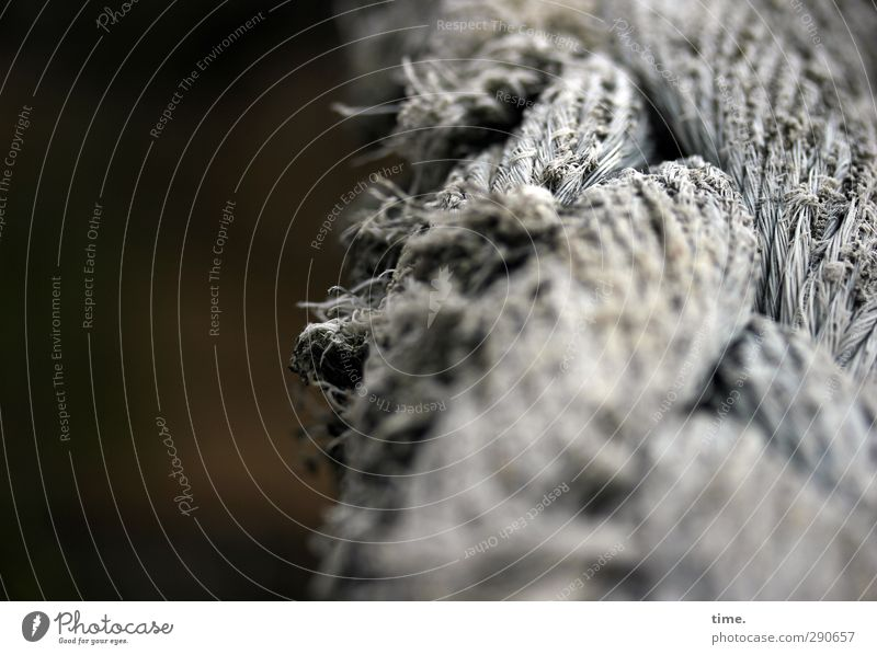 Blanke Nerven Schifffahrt Seil Haarspliss alt dunkel historisch kaputt trashig trocken braun grau anstrengen Einsamkeit Enttäuschung komplex Konzentration Krise