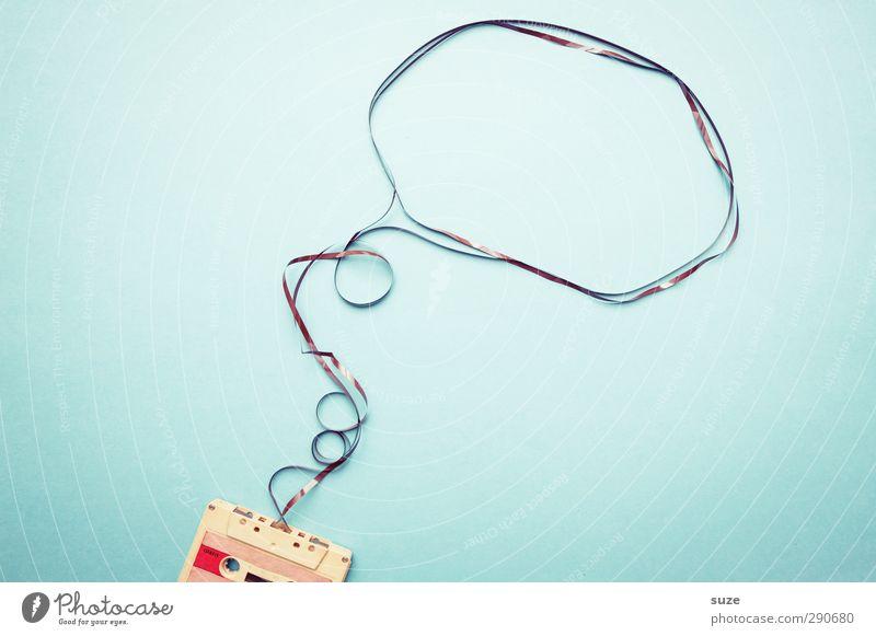 Lieder ohne Worte Stil Musik Freizeit & Hobby Design Lifestyle einfach retro Kreativität Idee Medien analog Gedanke Tonband hell-blau Musikkassette