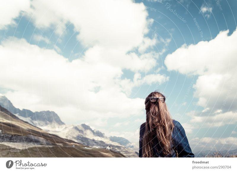 vetter it Tourismus Ausflug Abenteuer Berge u. Gebirge Mensch feminin Junge Frau Jugendliche Erwachsene 1 Natur Landschaft Himmel Sommer Herbst Schönes Wetter
