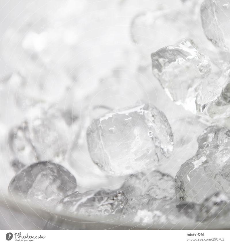 Ice Ice Baby. Lifestyle ästhetisch Eis Eiswürfel Cocktail Cocktailbar kühlen Coolness viele Temperatur kalt Kälteschock Minusgrade Farbfoto Schwarzweißfoto