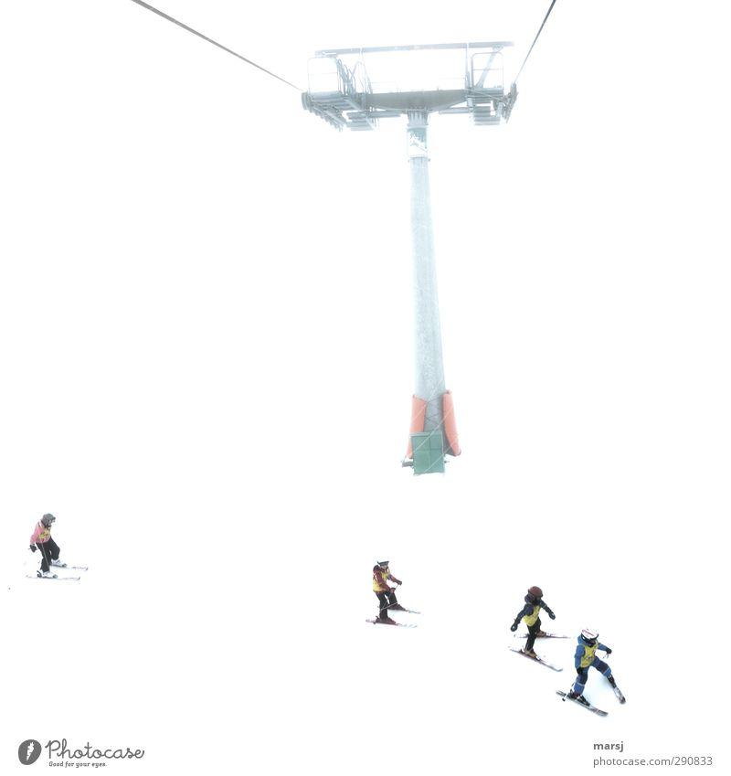 Wartet doch auf mich! Mensch Kind Ferien & Urlaub & Reisen weiß Winter Berge u. Gebirge Schnee Sport Menschengruppe Metall Zusammensein Kindheit Freizeit & Hobby Seil Fitness Kindergruppe