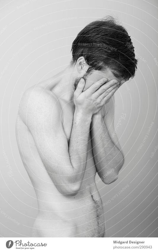 Selbst 2 Mensch maskulin Erwachsene Körper Haut 1 18-30 Jahre Jugendliche Denken Sex stehen sportlich kalt schön Erotik grau Gefühle Traurigkeit Sorge Trauer