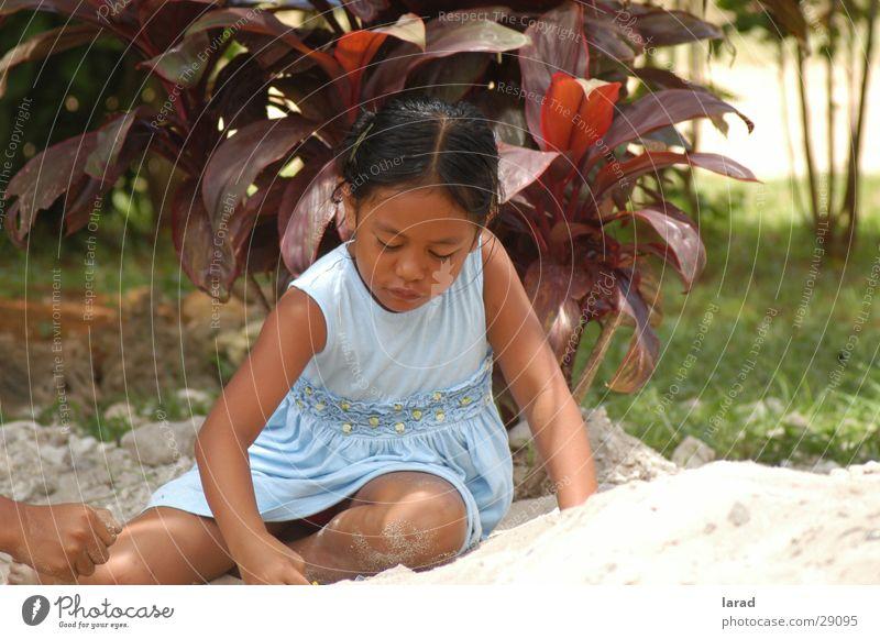 Sandspiele Kind Mädchen Sommer Spielen