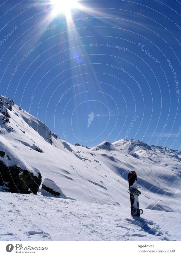 Gegenlicht-Snowboard Berge u. Gebirge Sport Schnee Sonne