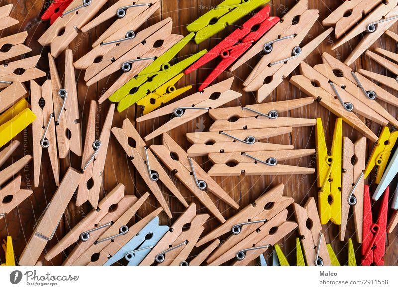 Wäscheklammern Schelle Werkzeug Holz Hintergrundbild Klammer Haushalt Haushaltsführung Dinge Wäscheleine aufhängen Haken verteilt klein Tisch Detailaufnahme