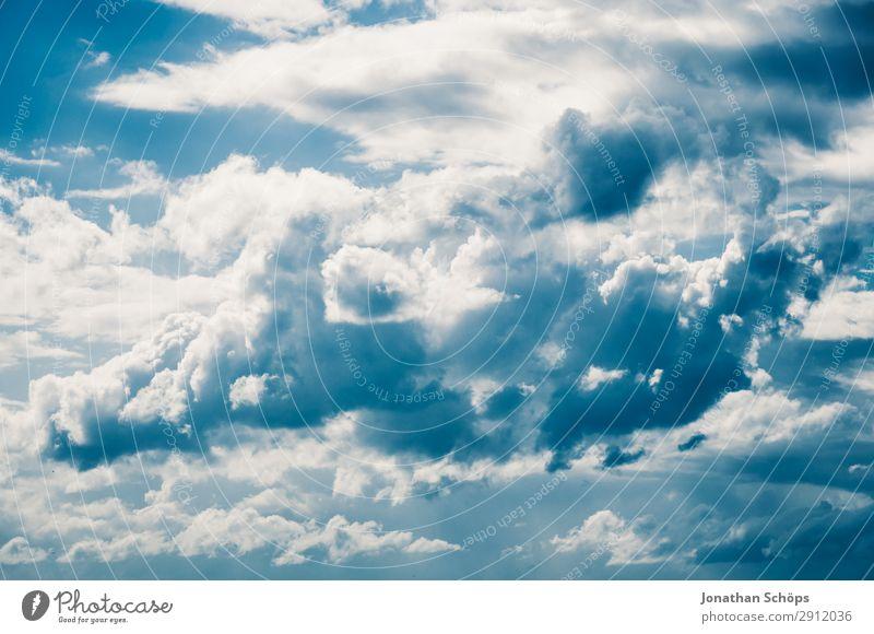 beeindruckender Wolkenhimmel Himmel Natur Himmel (Jenseits) Sommer schön weiß Hintergrundbild oben Wetter genießen Schönes Wetter Jahreszeiten Blauer Himmel